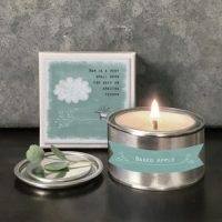 """Mum is a very small word for an amazing person"" Baked Apple Candle"